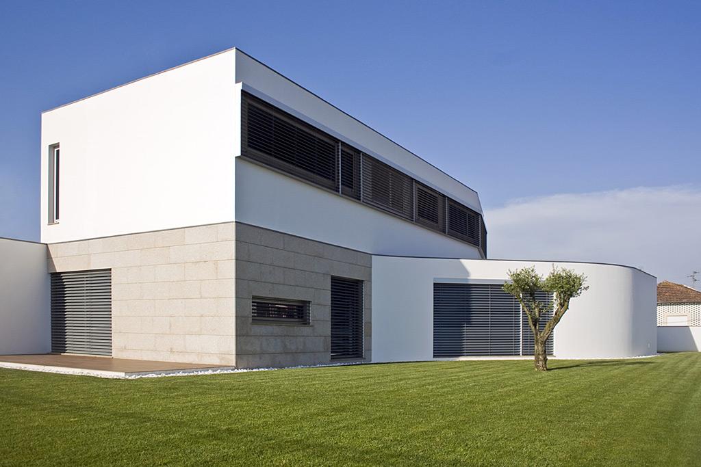 Exteriores de casas modernas latest el post de los for Kidkraft casa moderna de madera para exteriores 00182